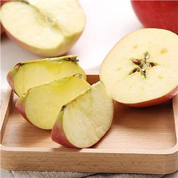 新疆阿克苏 冰糖心苹果 4.8-5kg (果径80-90)