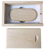 国产 定制木质U盘+盒子 16G(下单前请与客服沟通您的定制信息)  激光雕刻logo(下单前请与客服沟通您的定制信息)100个起订,量大优惠