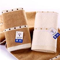 国产 防暑降温包  毛巾/牙膏/牙刷/风油精/花露水/香皂/白砂糖/绿豆