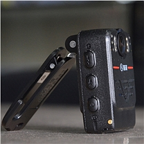 警翼执法记录仪 16G内存 DSJ-1V