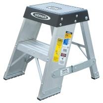 稳耐 铝合金梯凳 SSA02 610*430*270 (银色) 1台/装 SSA02 610*430*270 (银色) 1台/装