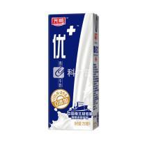 光明 优+纯牛奶 250ml/盒  12盒/箱