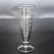 国产 量杯 250ml 加厚