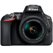 尼康 Nikon 单反套机 D5600 18-55mm防抖镜头 含闪迪32G高速卡 包 保护镜三脚架清洁套装 金刚膜