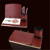 万家 台历 YF-028 305*175mm  2020年定制logo年历木质创意摆件木架笔筒办公日历