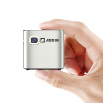 澳典 澳典(AODIN)M19 微型投影仪 投影机家用 迷你(手机投影 2G大运存 内置电池 自动梯形矫正) 便携投影 手机口袋投影 2G大运存